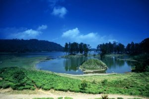 3D2N Travel Package Bandung White Crater, Patenggang Lake, Shopping