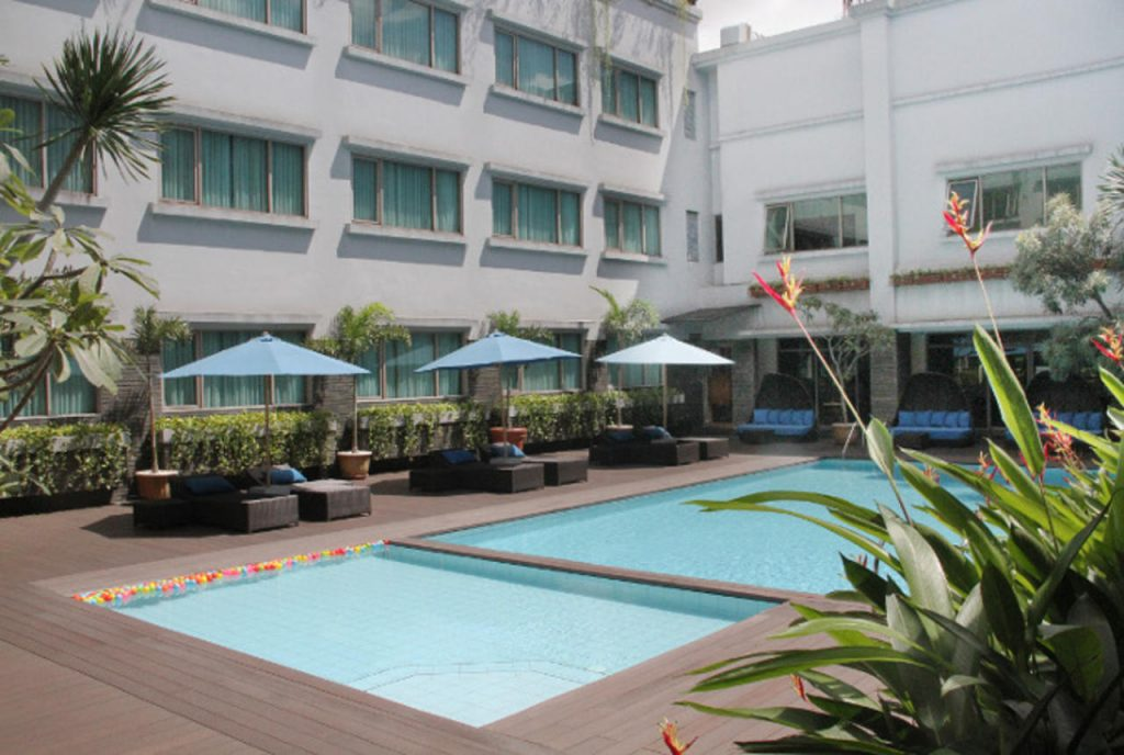 cheap hotels in bandung indonesia aston tropicana wetu