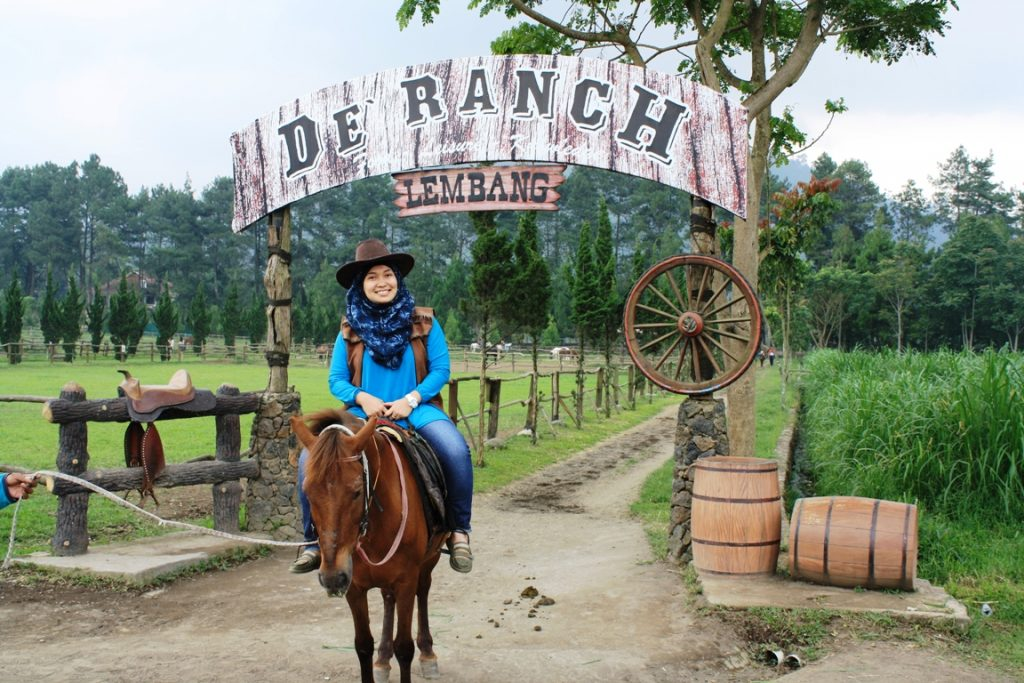 things to do in bandung ride horse de ranch lembang